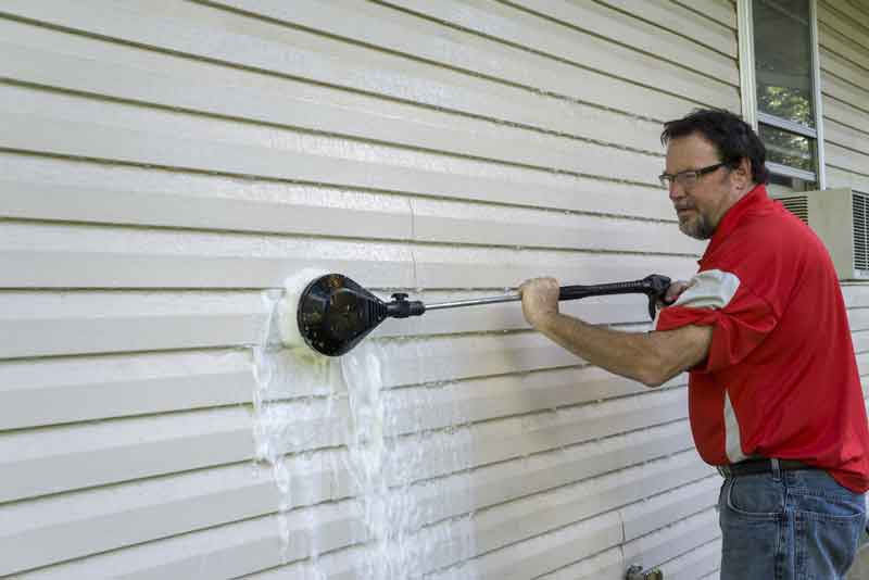 How to Use Soap with Pressure Washer